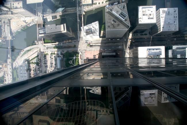 Willis Tower Skydeck Ledge View | © (vincent desjardins)/Flickr