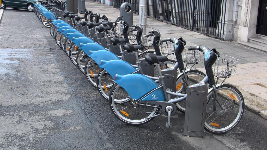 Public Bicycle Schemes | © William Murphy/Flickr
