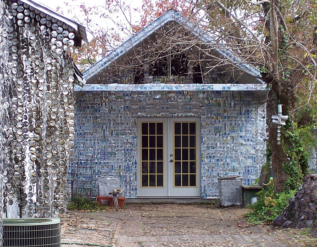 Beer Can House | © Joanna Poe/Flickr