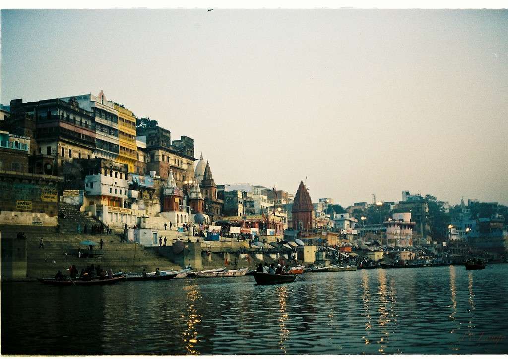 Varanasi, early morning | © Flickr/Epi Longo