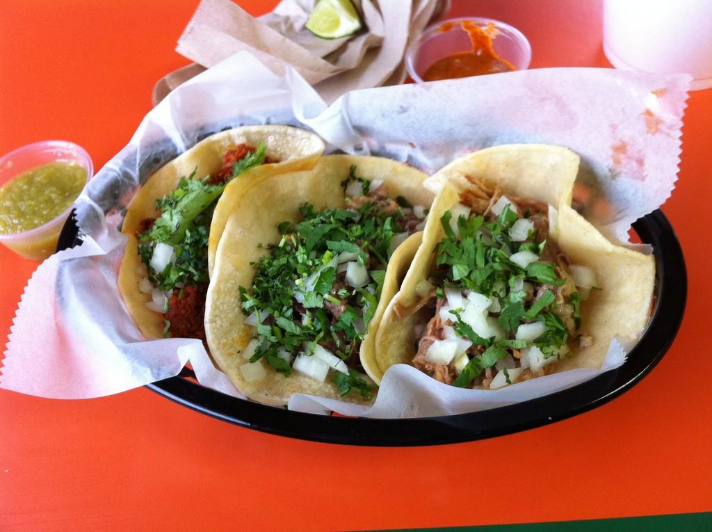 Carnitas Tacos   © dave/Flickr