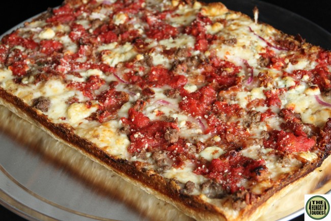 Detroit Pizza |©Hungry Dudes/Flickr