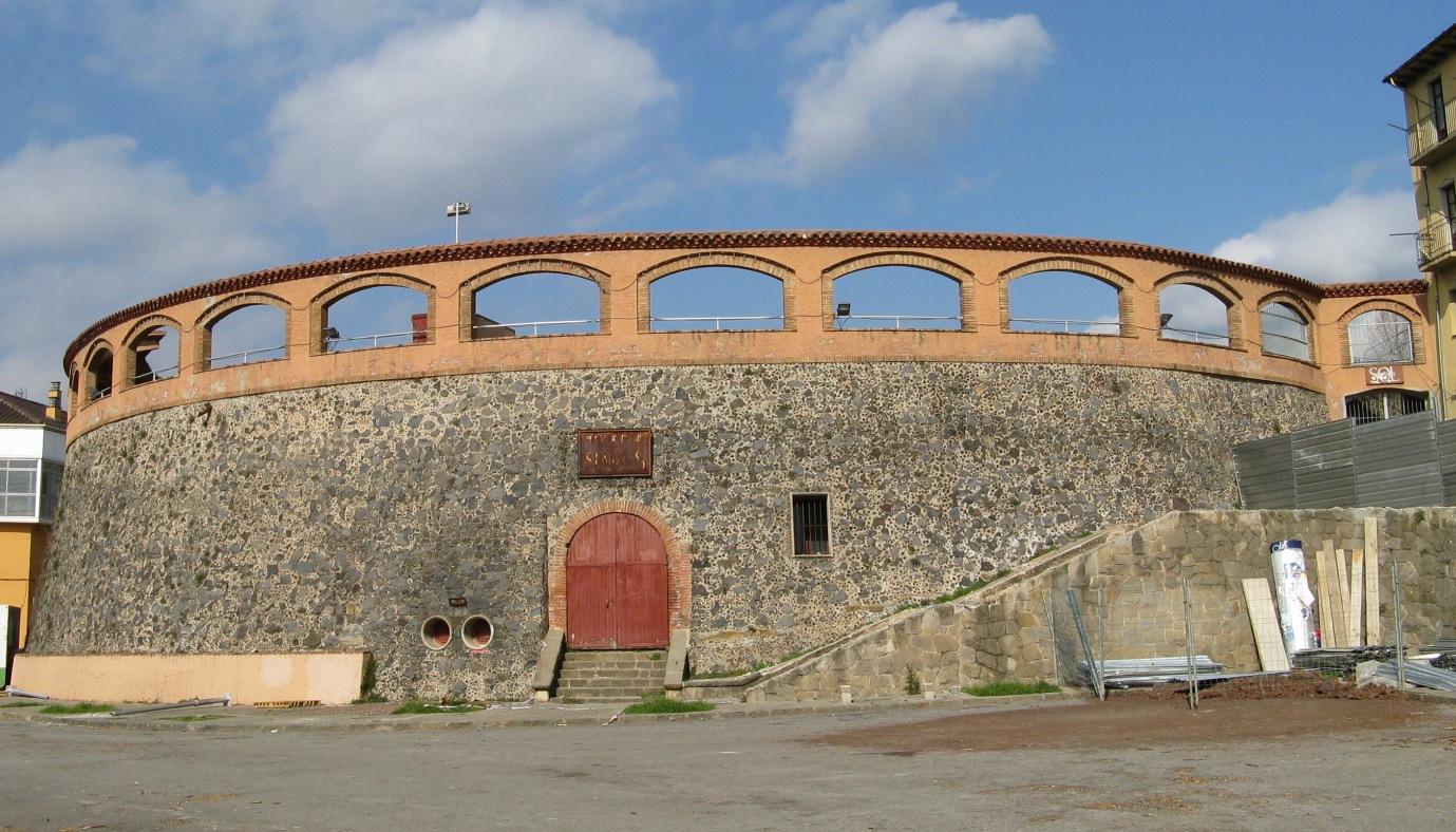 Bull fight arena at Olot (Catalunya, Spain)/Wamito/WikiCommons