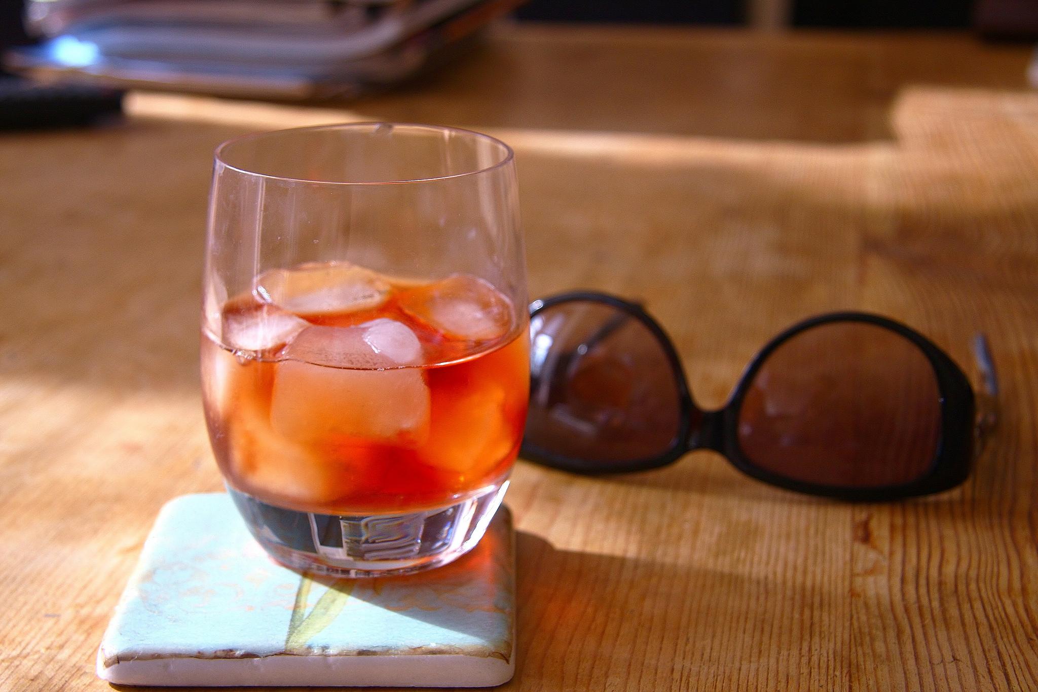 Left Hand - Cocktails | © Adrian Scottow/Flickr