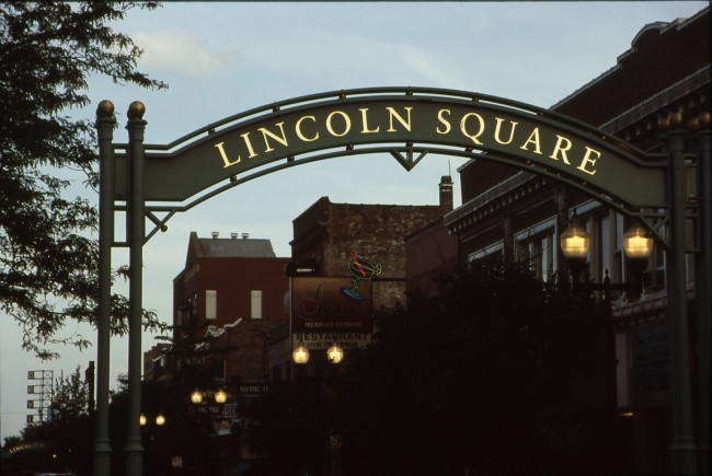 Lincoln Square © Tripp/Flickr