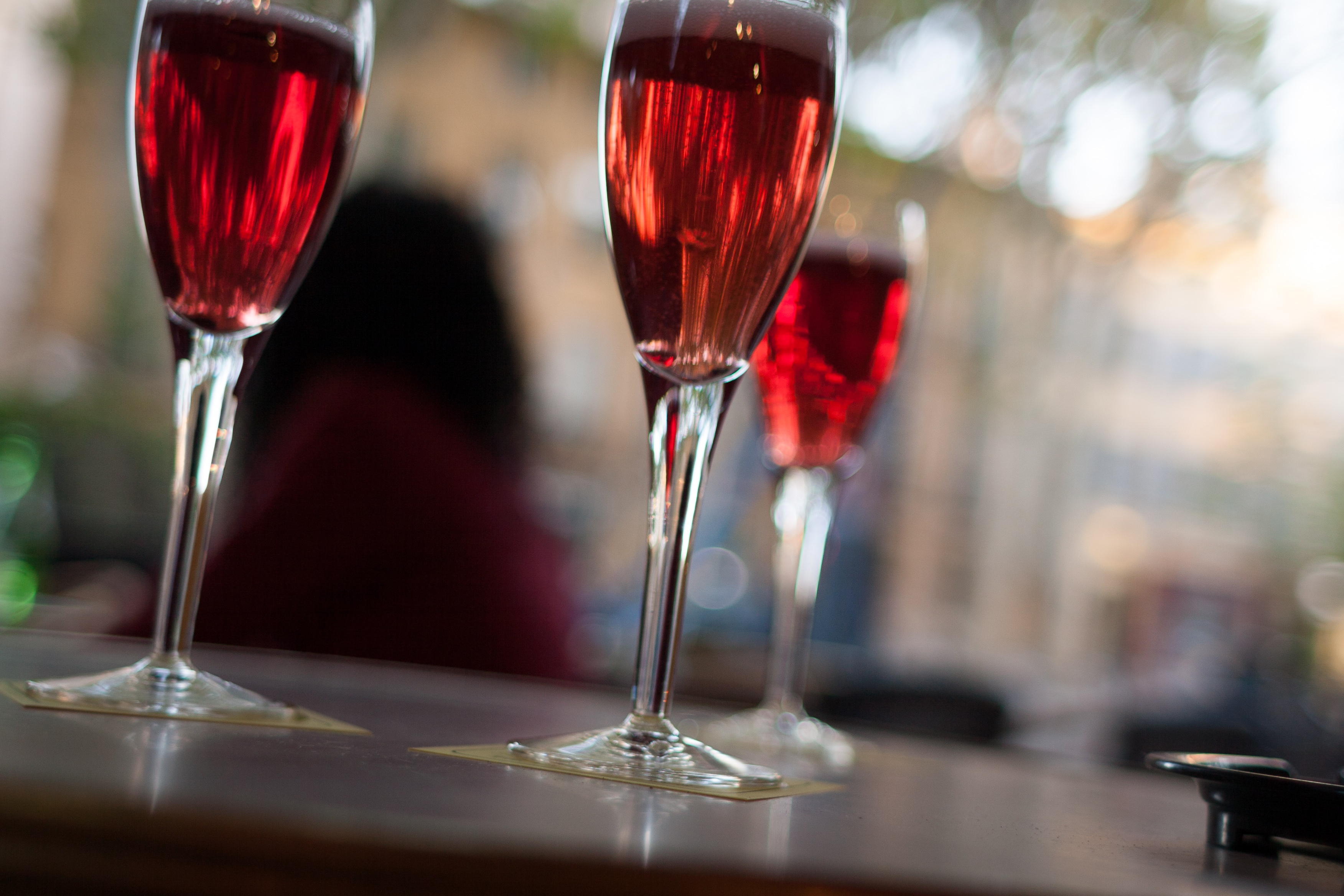 Kir Royale cocktail| © Tim Lucas/Flickr
