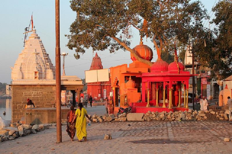 Ram Ghat, Ujjain | © Flickr/Arian Zwegers