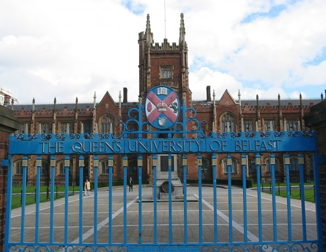 Queen's University, Belfast © Man vyi / WikiCommons