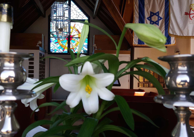 A peak through the chapel window