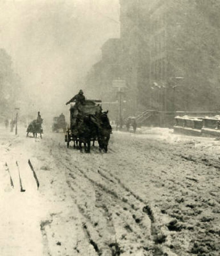 Alfred Stieglitz Winter Fifth Avenue 1892| © wikicommons