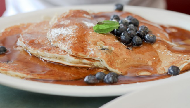 blueberry lemon pancakes| © haiderzs/flickr