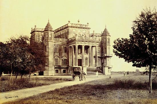 Dilkusha Kothi,albumen print, December 1864–early 1865,Lucknow | ©Samuel Bourne/WikiCommons