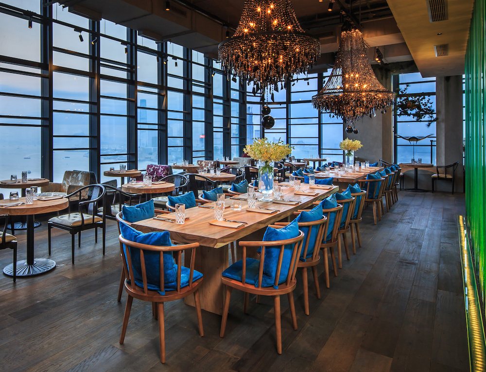 Interactive seafood room with chef james cornwall for Dining room hong kong