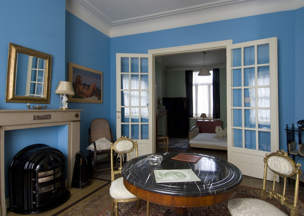 Magritte's living room in Jette exactly liked it used to look in the thirties and forties | Courtesy of The René Magritte House Museum