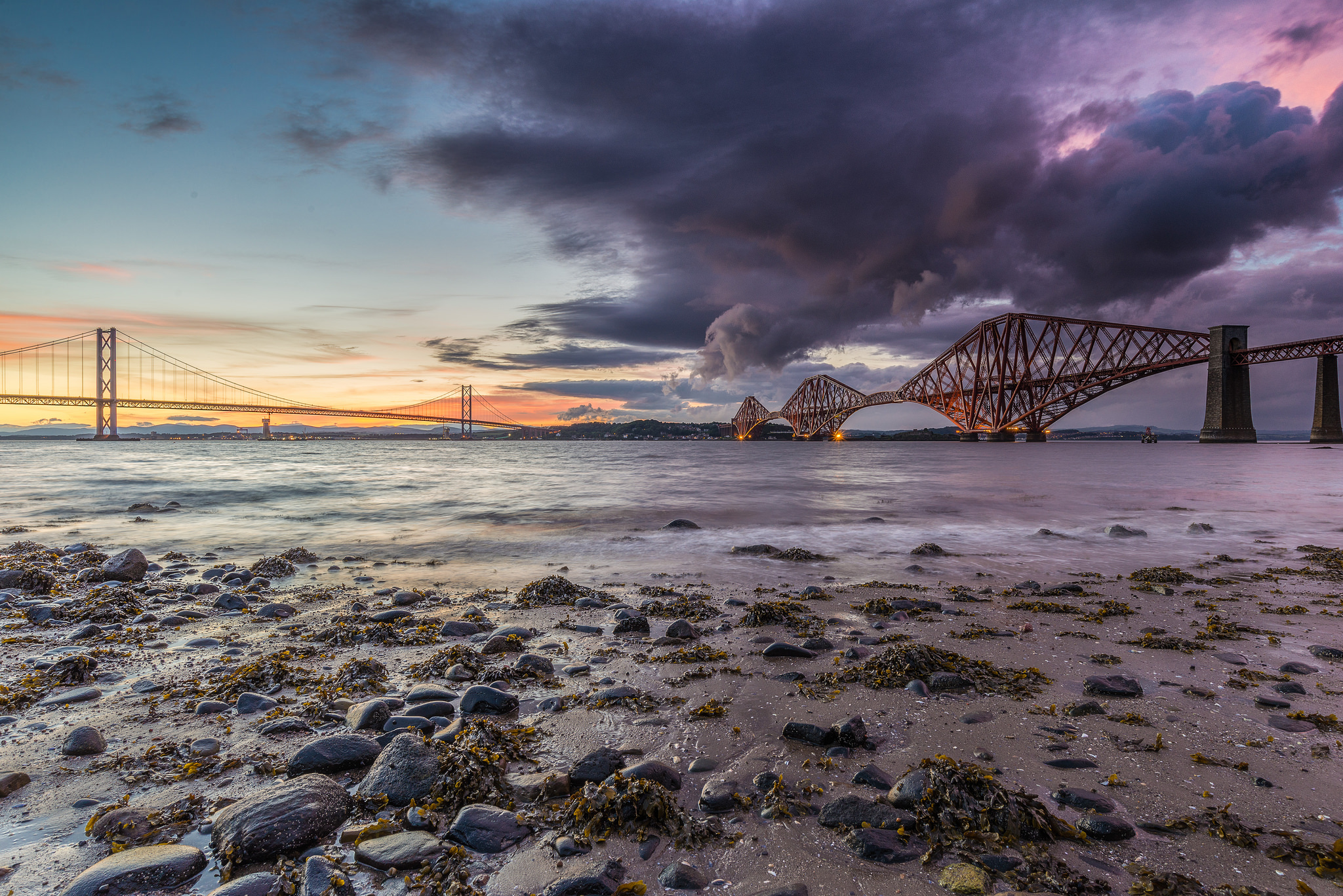 The Forth Bridges | © Chris Combe Flickr
