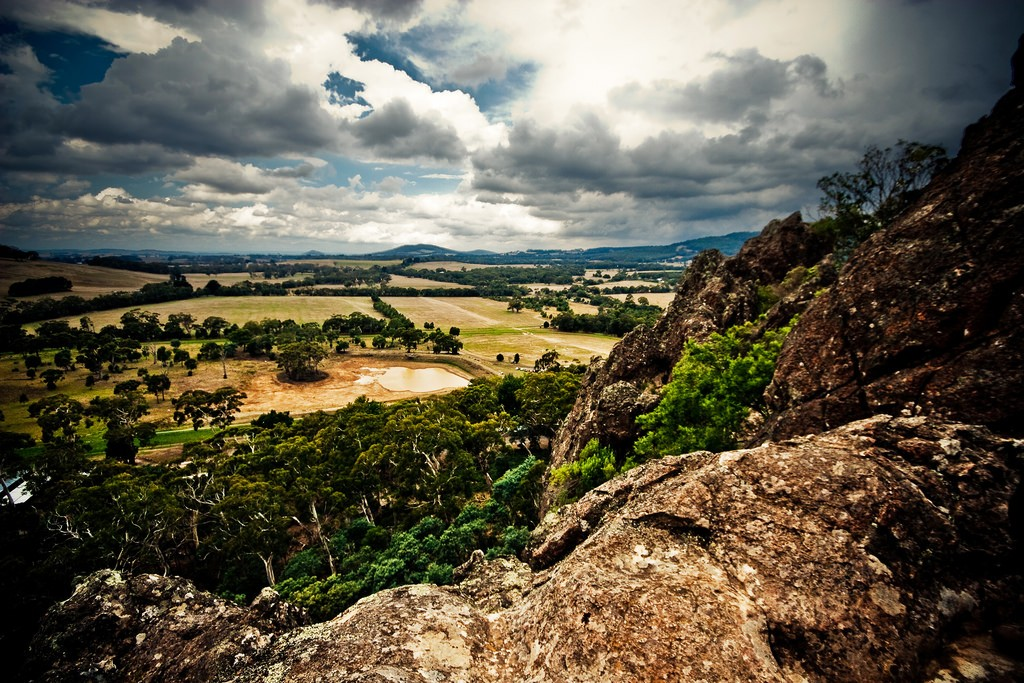 Hanging Rock | © Fernando de Sousa/Flickr