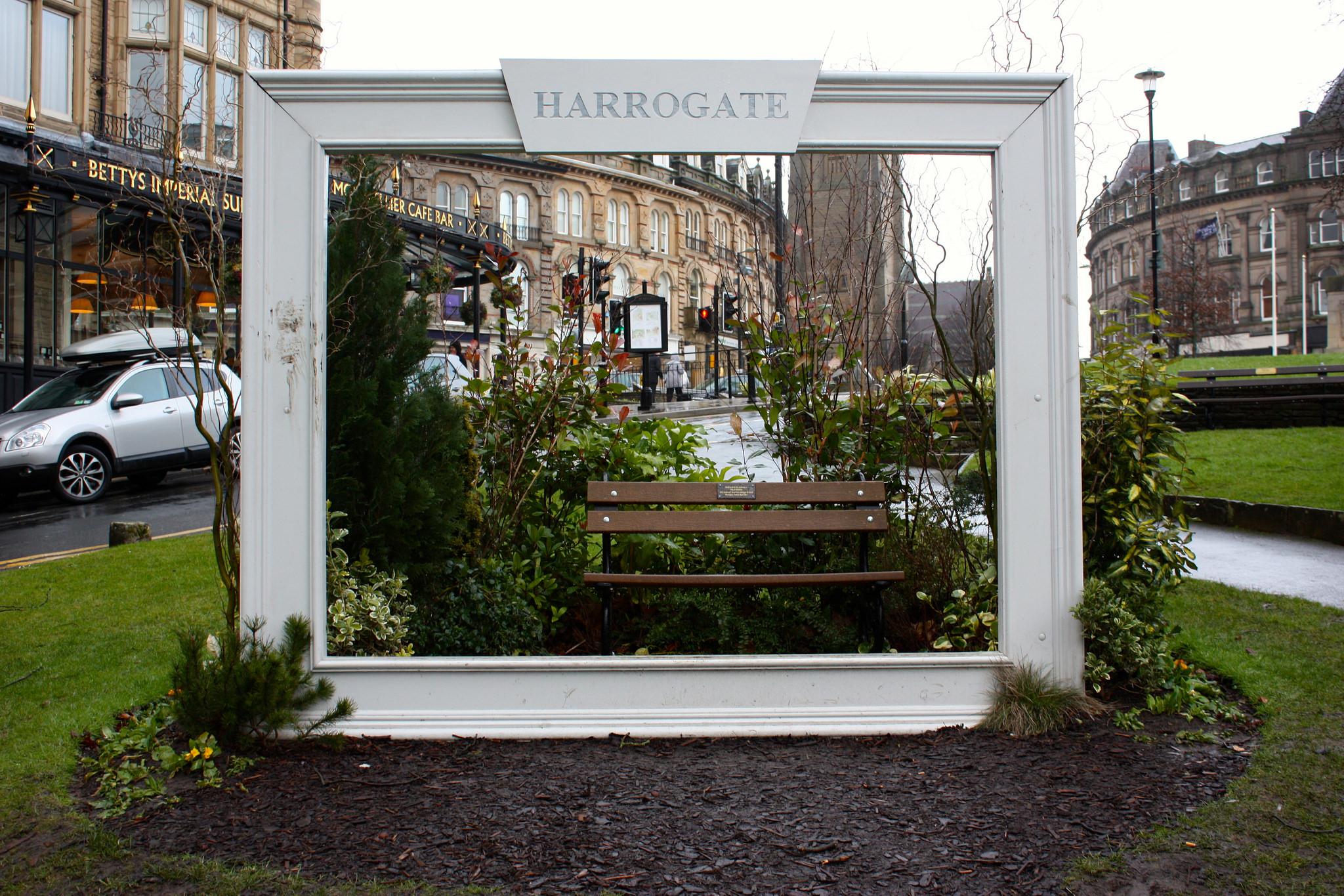 Harrogate Town Centre | © Neil Turner Flickr