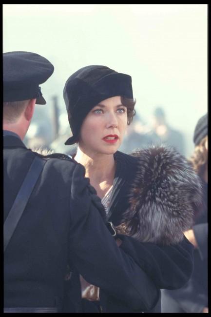 Annette Bening as Queen Elizabeth | On set | © BFI PRESENTS RICHARD III: LIVE Q&A with Ian McKellen and Director Richard Loncraine #RichardIII