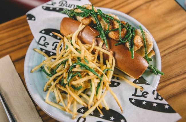 Le Bun Vivant's Shrimp & Scallop Po Bun | © Justin DeSouza
