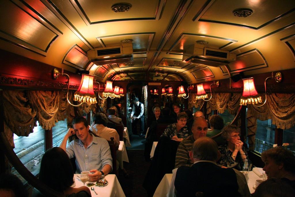 Melbourne Tram Dinner | © Macinate/Flickr