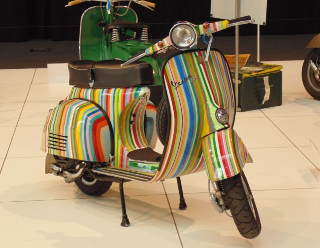 Colorful scooter | © Christopher Case