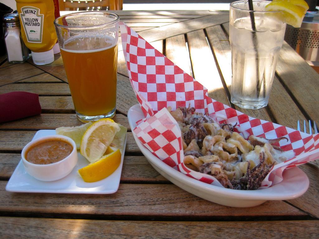 Monterey Lunch at Peter B's Brewpub | © Bjorn/Flickr