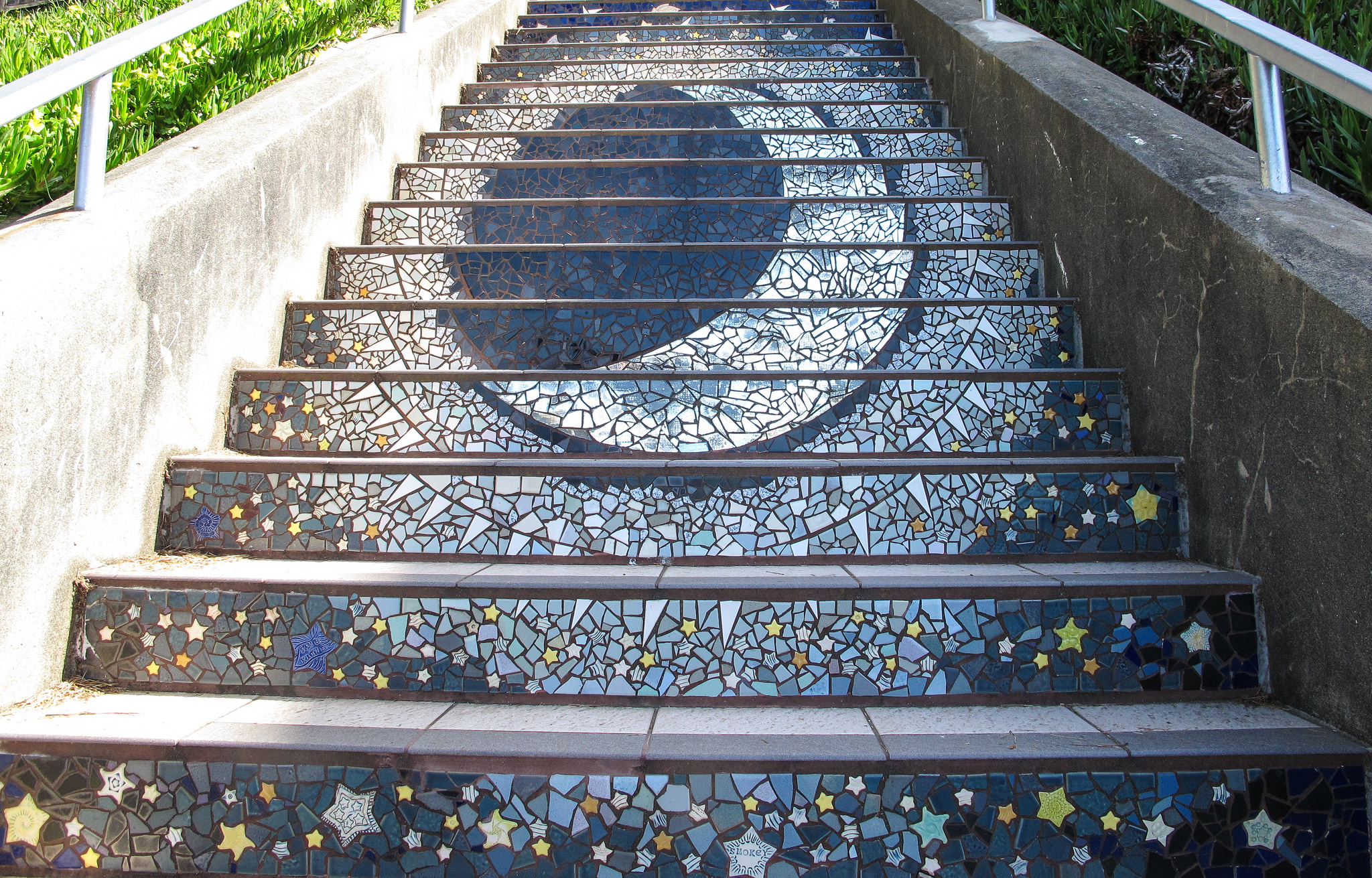 16th Avenue Tiled Steps © Ed Bierman/Flickr