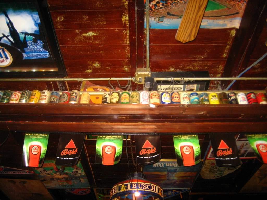 Duffy's Tavern © alesh houdek/Flickr