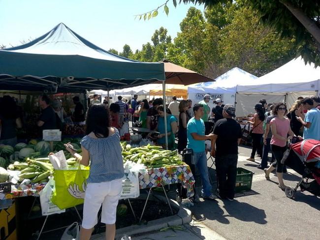 Farmer's Market © WikiCommons