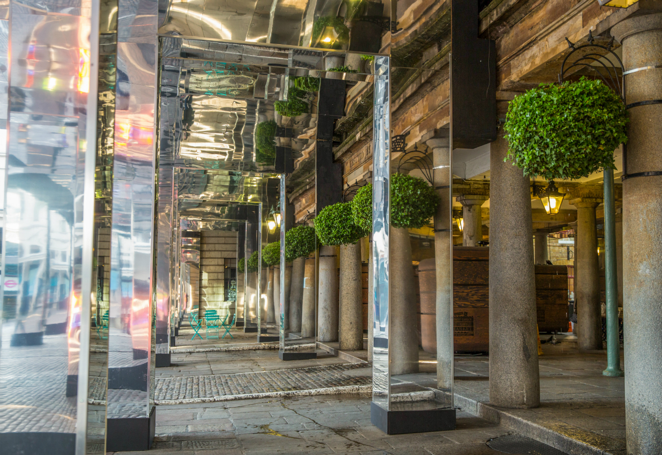 Reflect london 39 as covent garden undergoes renovations - Outdoor swimming pool covent garden ...