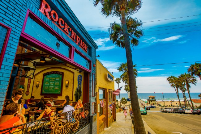 The best beachfront restaurants in los angeles for Rock n fish restaurant