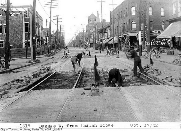 Dundas Street West, from Indian Grove | © Toronto History/Flickr