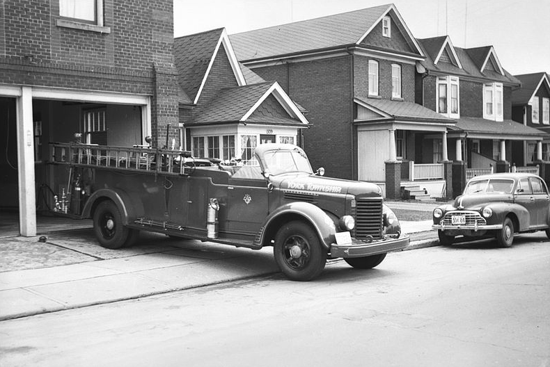 A fire hall on Jane Street, in the Junction, 1942 | Public Domain/Wikicommons