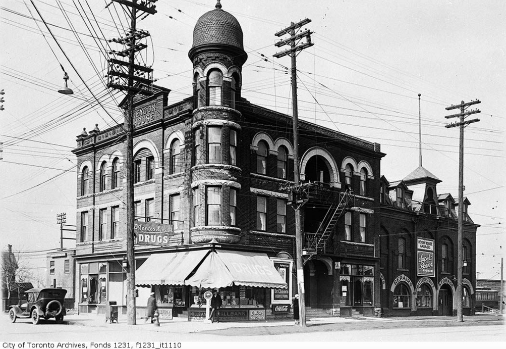 Heydon House Hotel, northwest corner of Weston Road and St. Clair Avenue | Public Domain/City of Toronto Archives