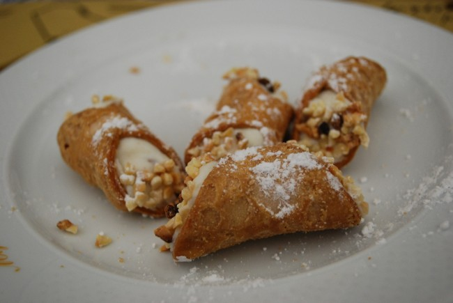 Sicilian cannoli | © judywitts/Flickr