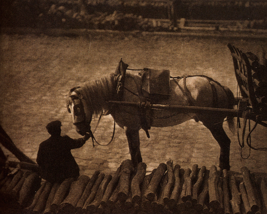 A Snapshot: Paris, 1911 (one of two with same title)| © Alfred Stieglitz /wikicommons