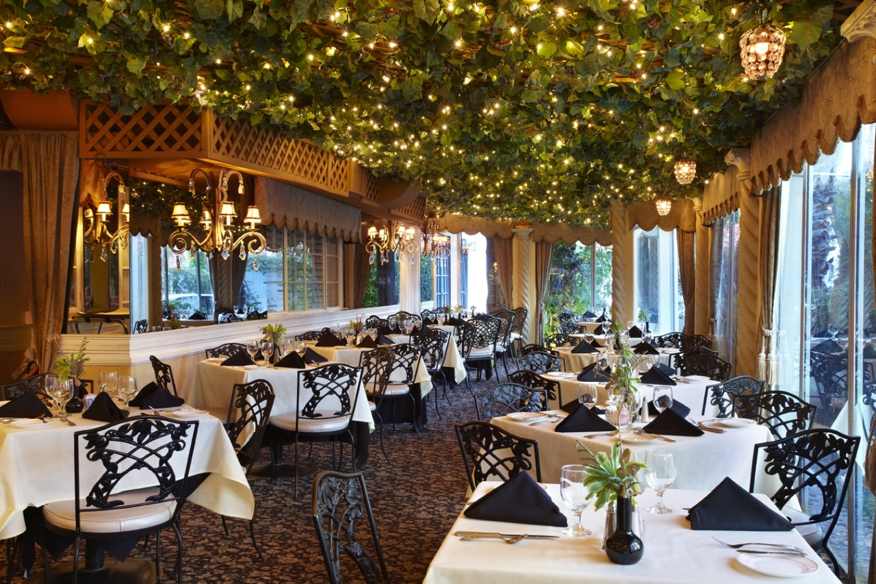 thumbnail_ingleside_inn_restaurant_01