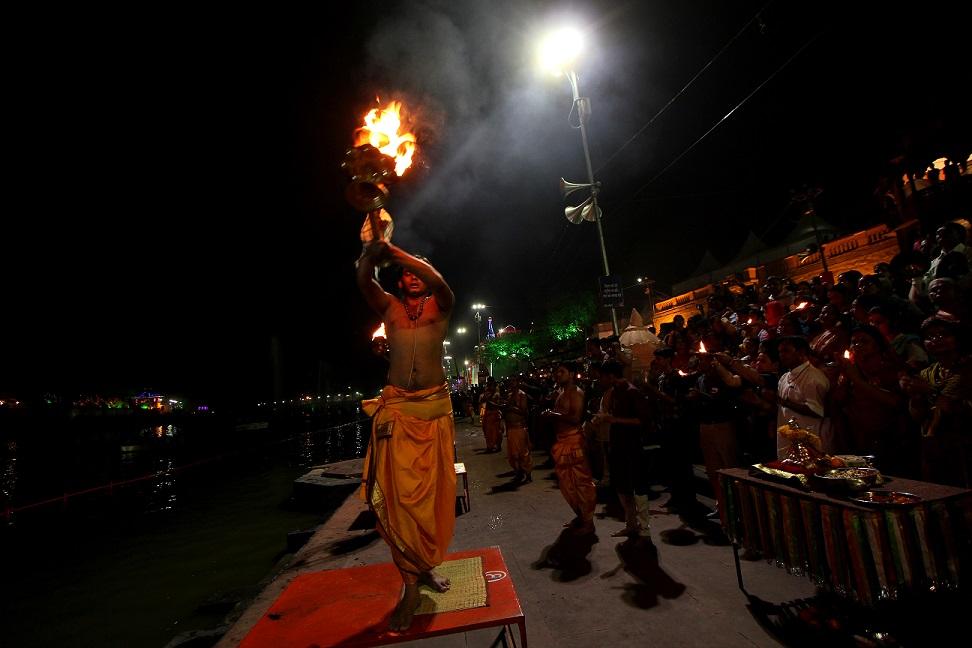Sandhya Aarti Being Held At The Simhasta Parv, Ujjain (c) Anil Gulati