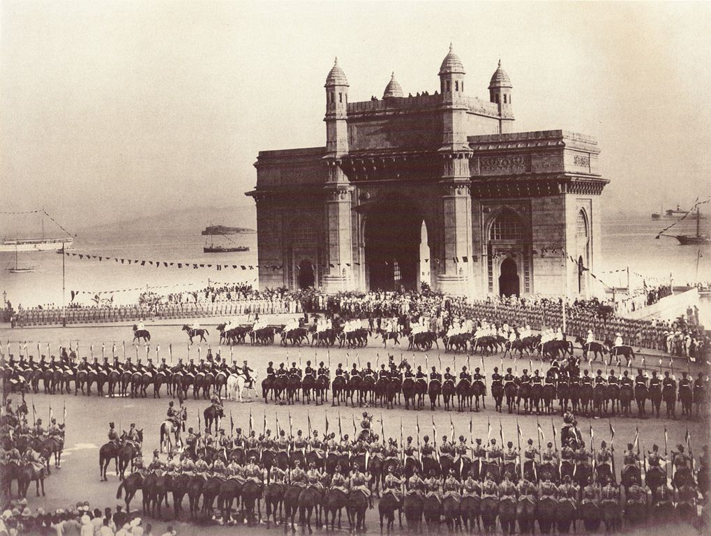 The Gateway of India, Bombay 1911/©Myers Brothers/WikiCommons