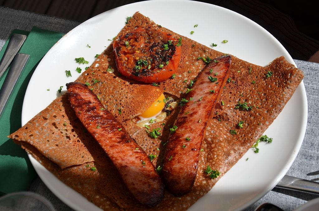 Galette œuf saucisse - © DC/wikicommons