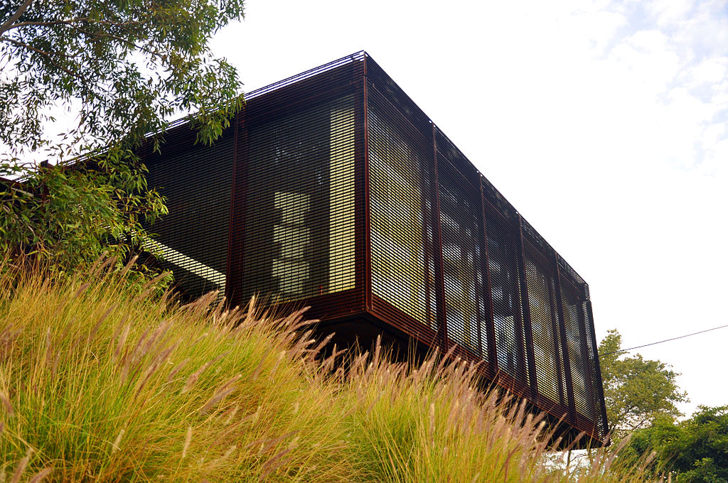Kew House designed by Sean Godsell, ©Williams Chien, Wikki Commons