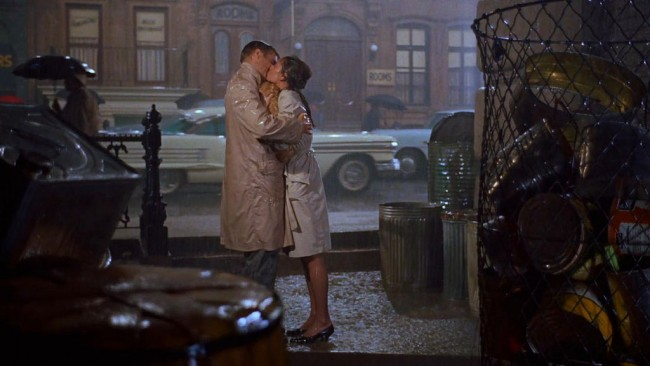 Petó Breakfast at Tiffany's.jpg More details Kiss between Audrey Hepburn and George Peppard at Breakfast at Tiffany's | WikiCommons