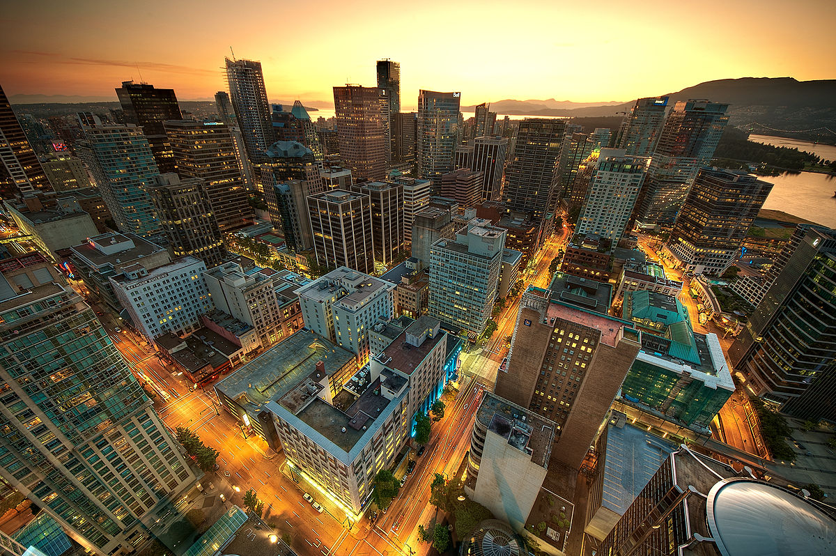 Downtown Vancouver Hotels With Airport Shuttle