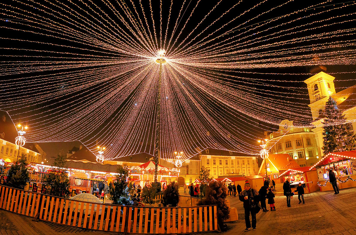 Christmas Fair in Sibiu Grand Square | © Neighbor's goat/WikiCommons