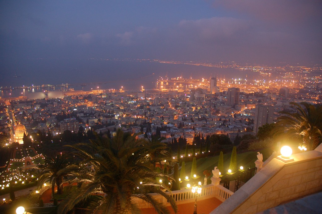 Prepare to be spoiled by Israel's best hotels, activities, and restaurants © David King / Flickr