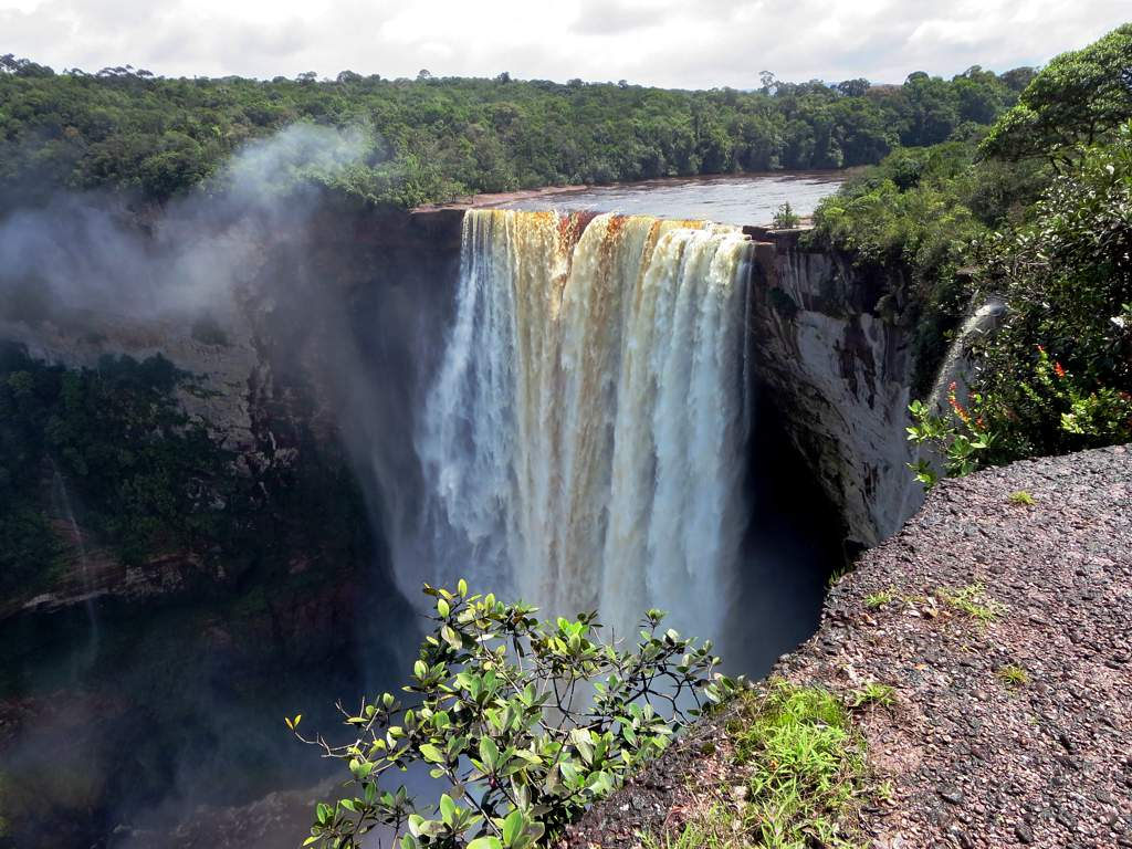 Kaieteur Falls | © David Stanley/Flickr