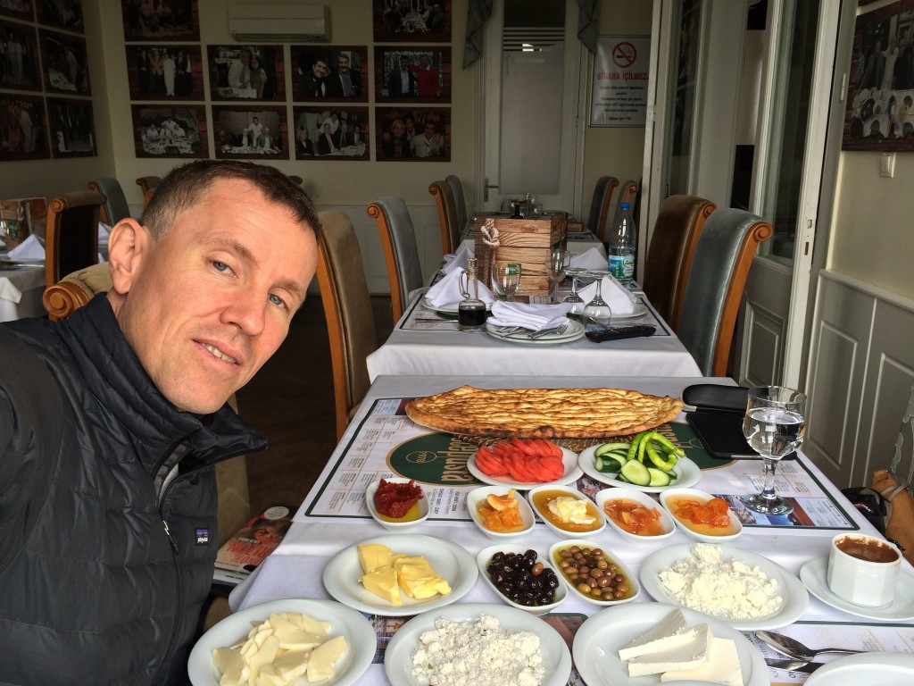 A diner enjoying a meal at Tavaci Recap Usta | Martin Ehrensvard/Flickr
