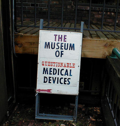 Museum of Questionable Medical Devices | © Andrew Kuchling/Flickr