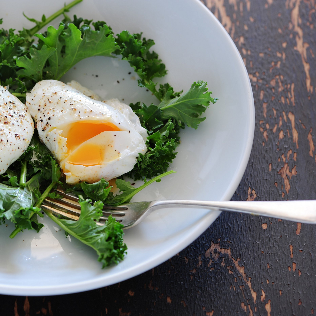 poached eggs-4 | © jules/Flickr