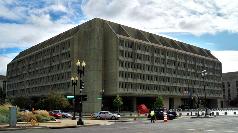 Hubert H. Humphrey Building © MBisanz /WikiCommons